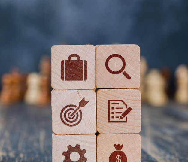 business-strategy-concept-with-wooden-cubes_176474-8933